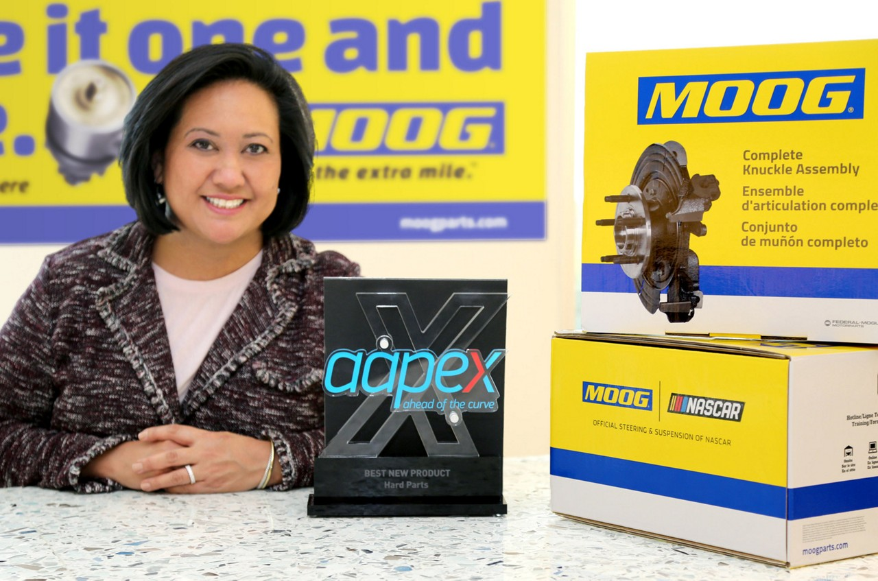MOOG Wins AAPEX  Award in 'Hard Parts' Category